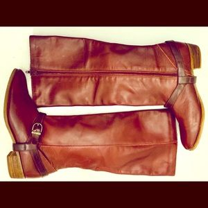 Trotters Brown Leather Riding Boots with buckle 8N